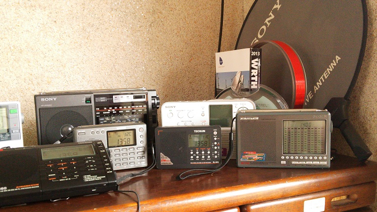 Pl660_and_radios